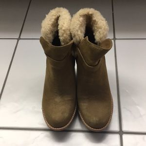 Women's Ugg Boots Size 8 Anais in Brown Chestnut